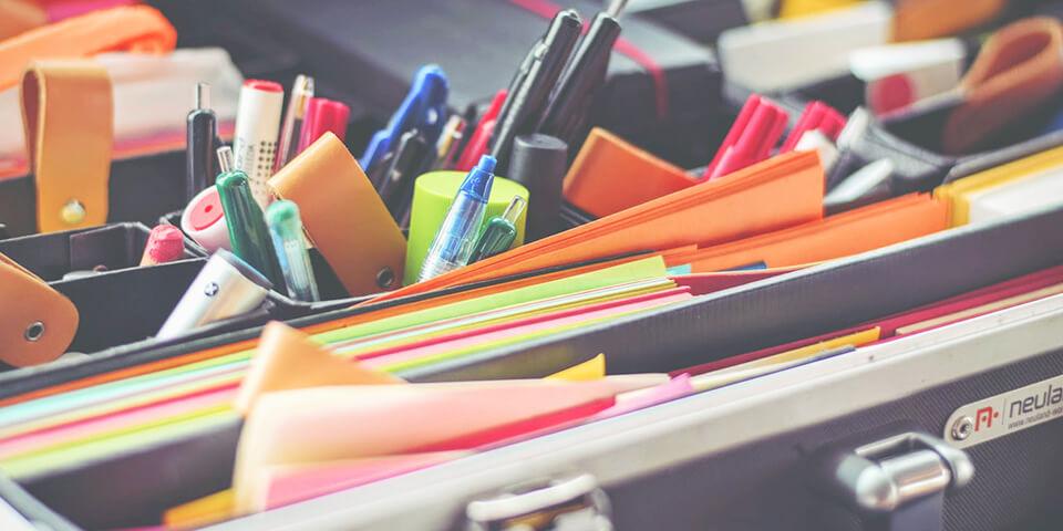 ручки, сумка, учеба, блокнот, стикер