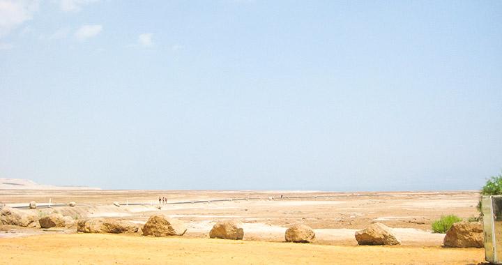 Мертвое море в израильской пустыне